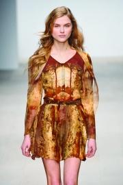 010-redken-copper-envy--barvy-na-vlasy