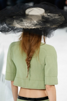 001-copanek-chanel-haute-coutur-spring-2015