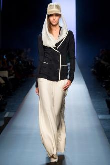 009-jean-paul-gaultier-haute-couture-spring-2015