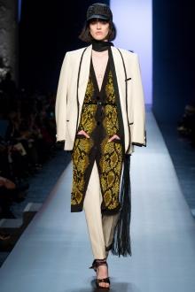 013-jean-paul-gaultier-haute-couture-spring-2015