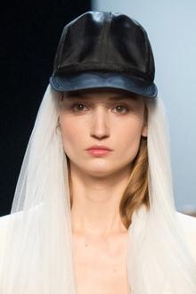 002-svatebni-ucesy-2015-jean-paul-gaultier-haute-couture-spring-2015