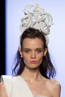 010-svatebni-ucesy-2015-jean-paul-gaultier-haute-couture-spring-2015