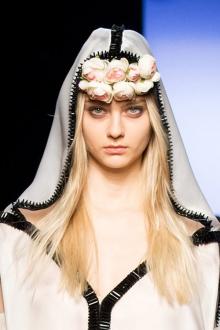 011-svatebni-ucesy-2015-jean-paul-gaultier-haute-couture-spring-2015
