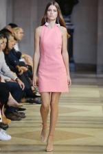 Rose Quartz a Serenity – farby roka 2016 a móda: Carolina Herrera - Spring/Summer 2016