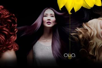Farba na vlasy Garnier Olia je olejová farba so 100% krytím šedín a v 25 intenzívnych odtieňoch. Ponúka ľahké farbenie vlasov v pohodlí domova.