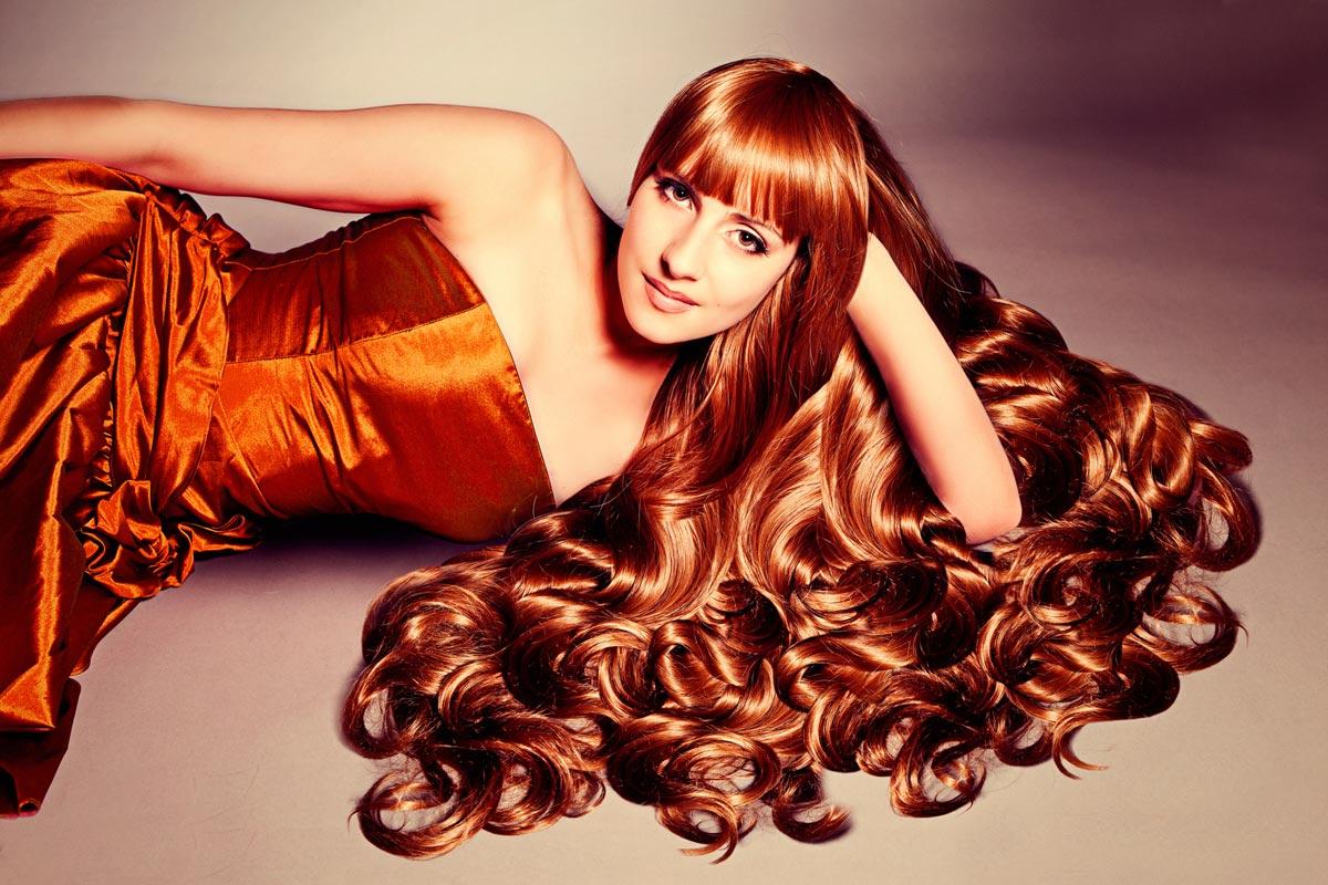 Krásne a zdravé vlasy potrebujú výživu zvnútra a život bez stresu.