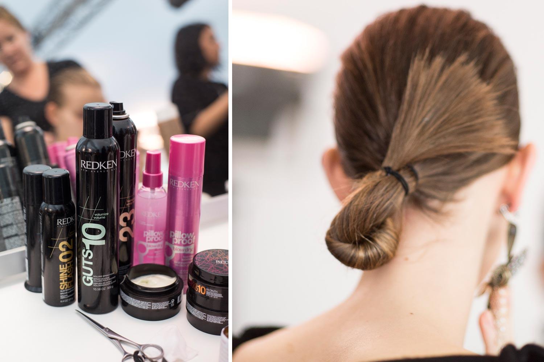 Účes pre vlasy, ktoré nemajú svoj deň, môže mať tiež luxusnú variantu na párty či poslúžiť ako účes na ples. Účes pripravila značka Redken pre módnu prehliadku značky Céline.