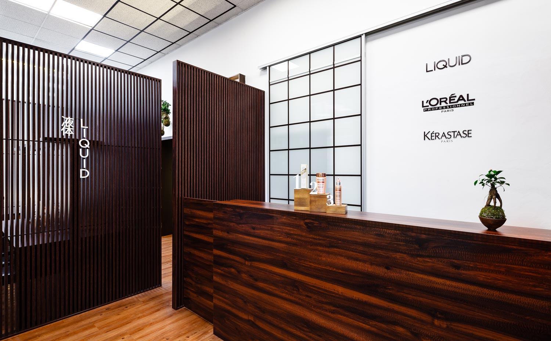 Plzeňský salón LIQUID vás privíta v nových priestoroch s úžasným novým dizajnom interiéru.