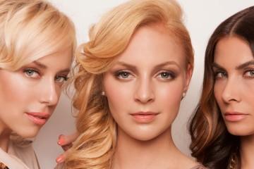 Český kaderník Honza Kořínek tentoraz vytvoril kolekciu účesov, ktorá predstavuje blond farbu ako kult dnešnej doby. Pozrite sa!