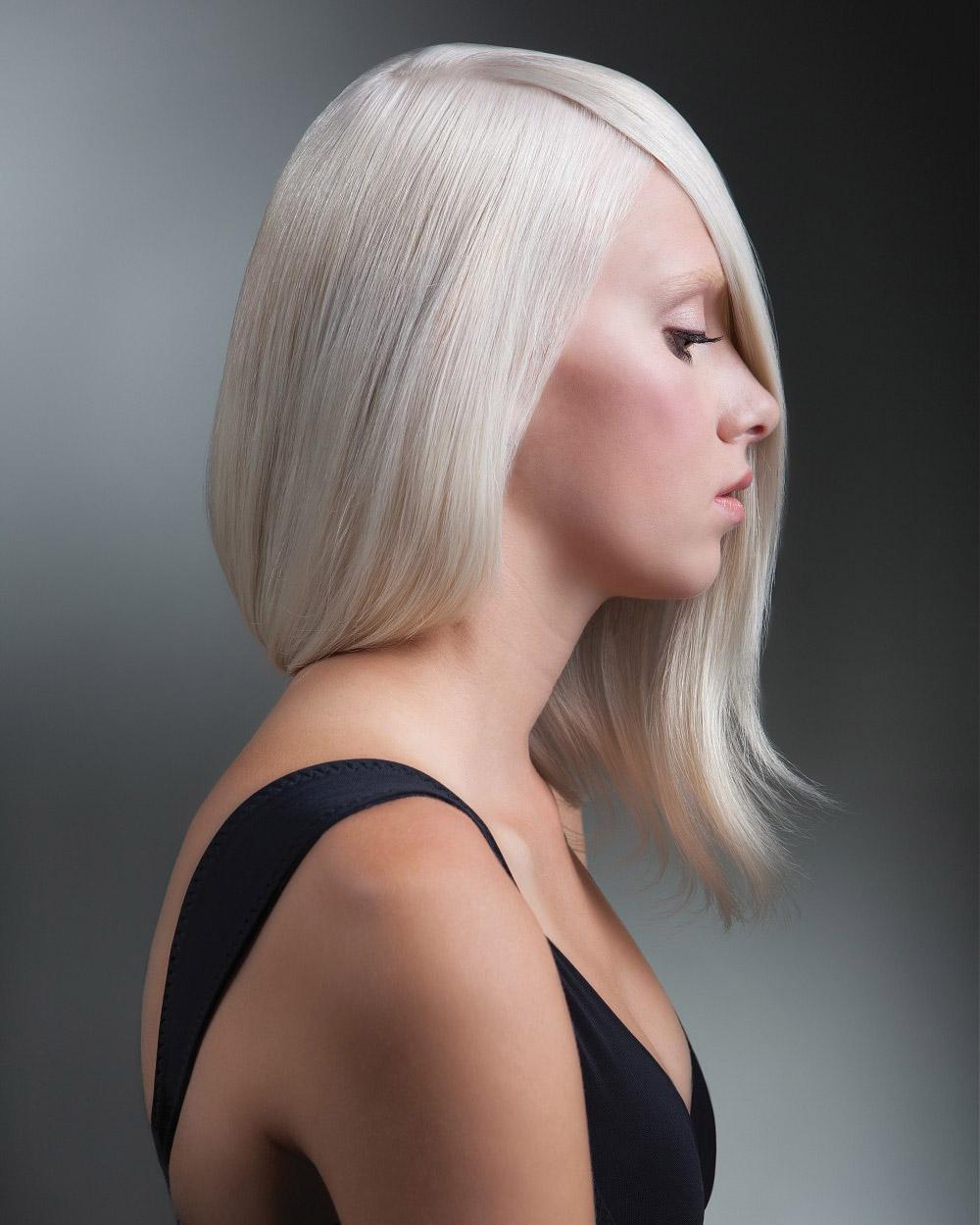 Vlasy ako falošné mikádo – skúste to! (Účesy: Charlie Price, kolekcia: Updo Collection, farbenie: Karie Renshaw Nielsen a Amie Breckenridge Goltz)
