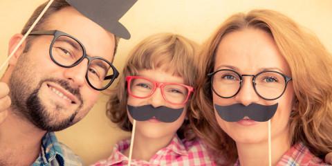 Začína Movember 2015 a s ním spojené kníračenie. Celý mesiac sa bude hovoriť o fúzoch – ale samozrejme nielen o ňich! Lebo len o fúzy rozhodne nejde!