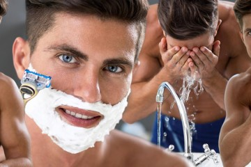 Skutočne viete, ako sa správne holiť? Ak nie ste dohladka, trápi vás suchá pokožka či vyrážky po holení, rozhodne máte v holení medzery!
