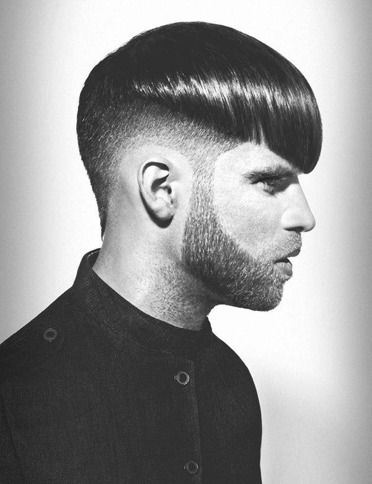 Pánska móda 2016 pre vlasy Tyana Nichole kombinuje účesy s trojdňovým strniskom.
