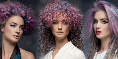 Rose Quartz a Serenity, ružová a modrá, tieto farby roku 2016 nájdu svoje miesto aj v účesoch. (Účesy sú z kolekcie Intercosmo – Kaos To Order, kolekcia jeseň/zima 2015/16).
