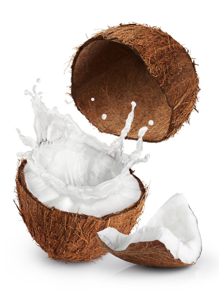 Maska z kokosového mlieka obnovuje bunky vlasovej pokožky a dodáva vlasom lesk.