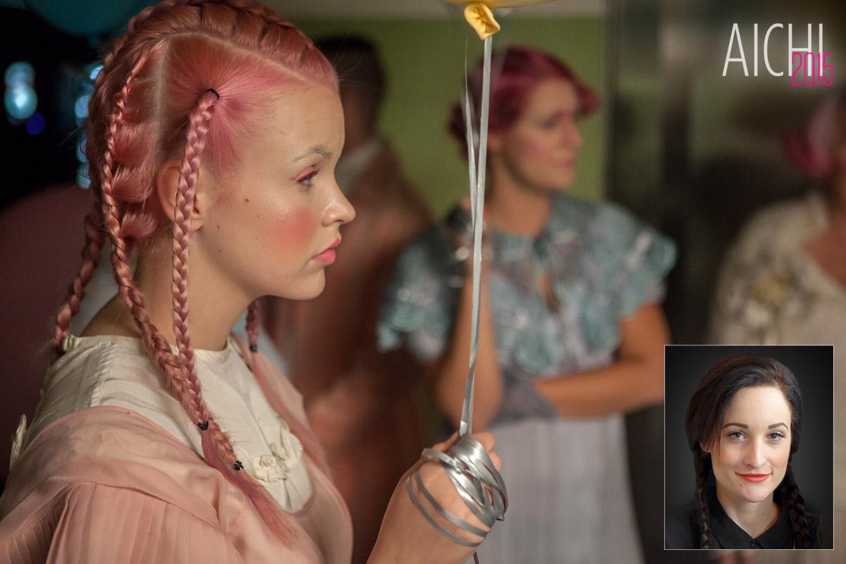 Momentka zo šou Adély Kodetovej na galavačeru AICHI 2015.