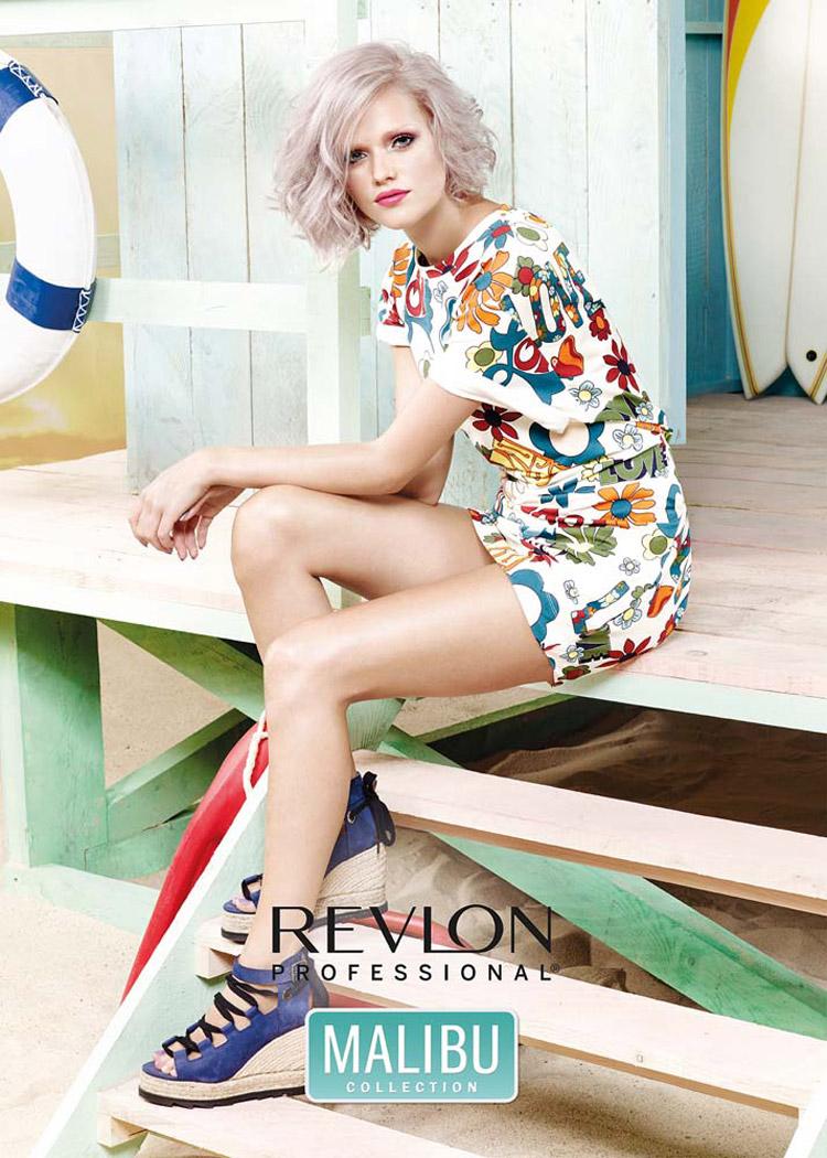 Jarné a letné účesy 2016 od Revlon Professional prajú trendu Pearlescent. Je akousi nadstavbou farby roku 2016 Rose Quartz. Navyše pribudol perleťový lesk.