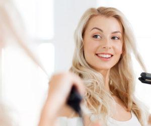 Testy fénov a žehličiek na vlasy vám pomôžu s ich výberom.