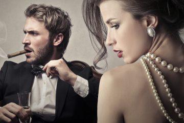 Hľadáte inšpiráciu pre zimnú eleganciu? Zamerate sa na dámske šaty a okoreňte ich štipkou sexappealu zo sortimentu e-shopu Fashion Mafia