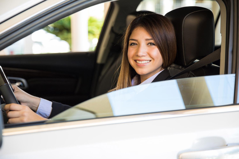 Najhlavnejšou výhodou je vozenie sa stále na novom aute, pričom pri jeho výmene za nový model neznášate žiadne straty súvisiace s poklesom jeho hodnoty v priebehu užívania