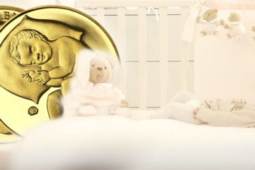 Niektoré tradície sa vytratia a potom sa opäť vrátia. Tak je to aj s tradíciu zlatej mince vkladanej do kolísky novorodenca.