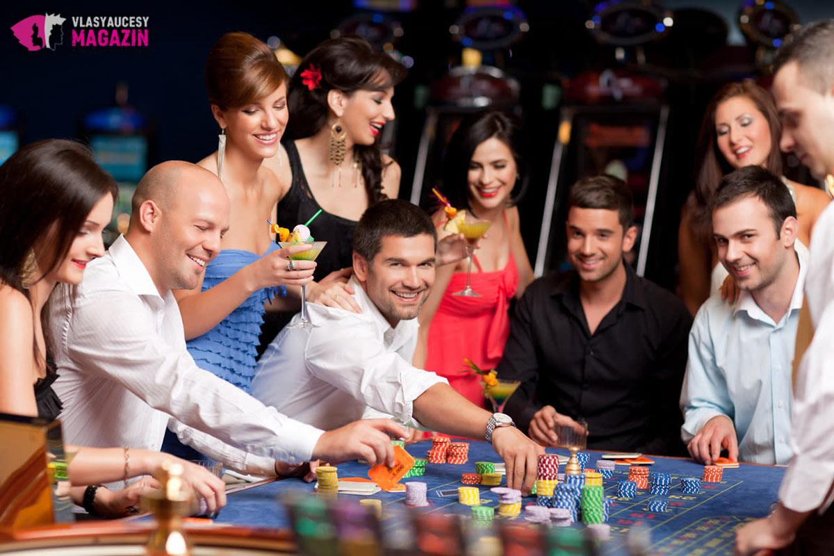Najlepší firemný večierok? Skúste kasíno.