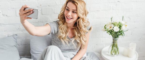Chcete používať kvalitnejšiu kozmetiku na vlasy, vypadať lepšie, či dopriať vlasom profesionálnu prírodnú starostlivosť? Lacné nákupy vlasovej kozmetiky sú možné vďaka službe cashback, ktorá vám vráti peniaze naspäť zkaždého nákupu. Takúto službu ponúka portál Plná Peňaženka.